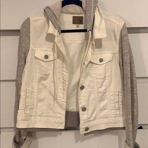 White denim American Eagle jacket